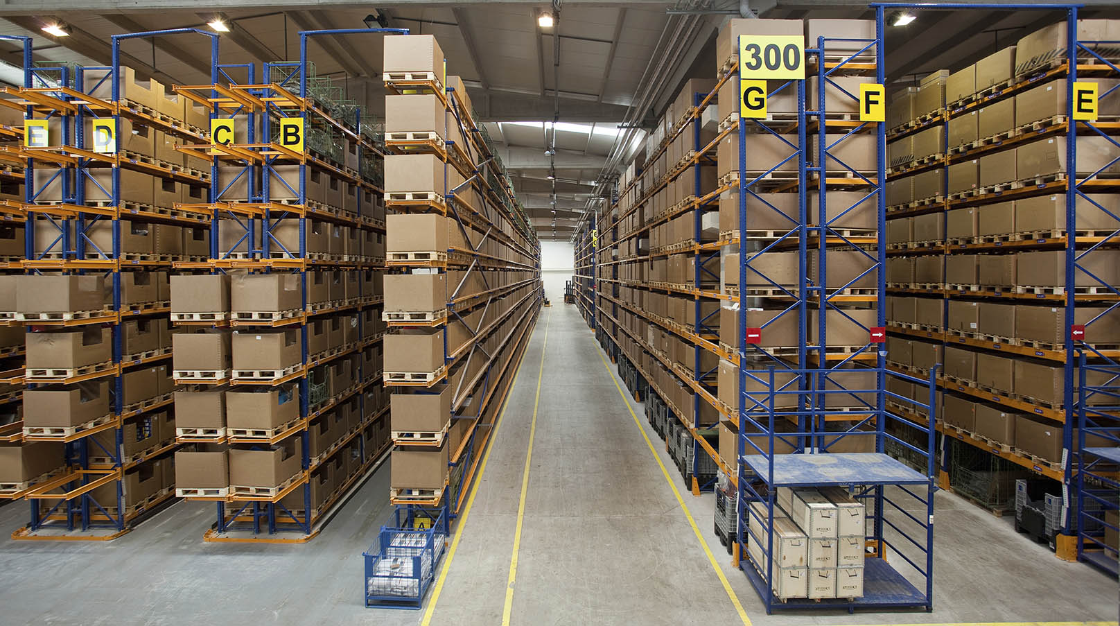 Warehouse And Customs Clearance Mh Global